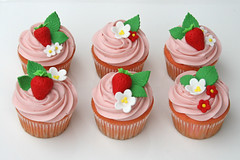 Strawberry Cupcakes (Glorious Treats) Tags: pink cupcakes strawberry strawberryshortcake