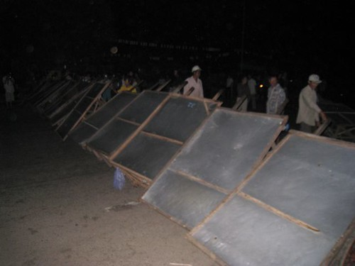 Dey Krahom Barricade - Eviction Dey Krahom  - Licadho
