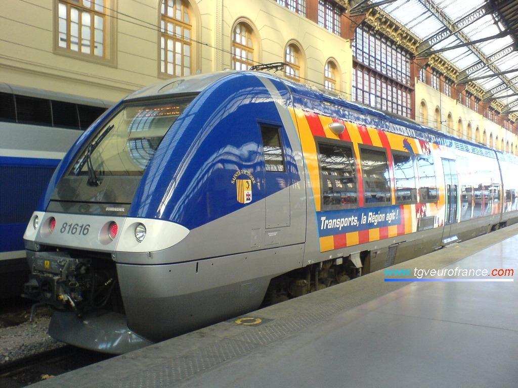 """Un autorail bimode BGC de Bombardier baptisé """"Sainte-Victoire"""""""