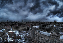 The City Gray that ne'er shall die. (kern.justin) Tags: snow storm march nikon hydepark universityofchicago hdr chicagoist d700 kernjustin wwwthewindypixelcom thewindypixel