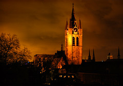 Oude Jan (Pascal \o/) Tags: sky tower night project evening dusk delft 365 oudekerk oudejan apictureaday cloudschurch project3661 2009yip 2009inphotos 20090314 2009mrt14