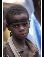 12-Resignado. (Ambrispuri) Tags: africa portrait face look child retrato cara tribal misery ethnic mirada nio rostro burkinafaso miseria ambrispuri