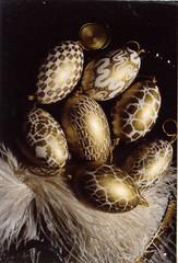 048golden05a (jutkacsak) Tags: easter hungary egg hsvt tojs paintedeggs