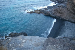 Agua Dulce1 (YrY) Tags: door sea sky plant planta beach stairs puerto lava muelle mar puerta playa cielo embarcadero tenerife escaleras aguadulce playadesanjuan abama