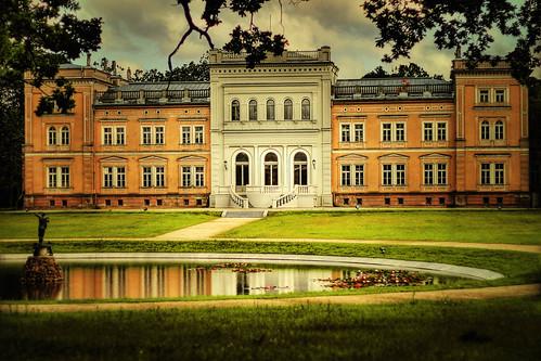 Plungės parkas - Oginskio rūmai