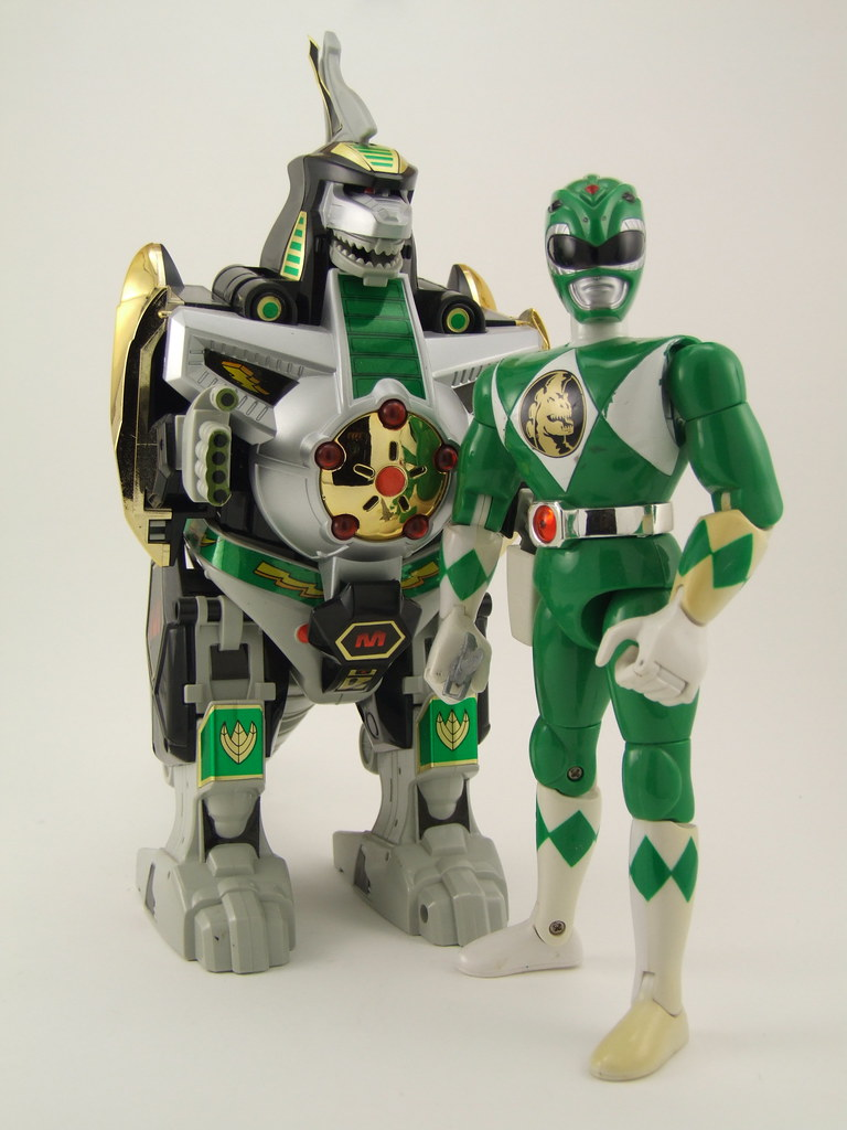 "Mighty Morphin Power Rangers DX Green Dragonzord w/ 8"" Green Ranger"