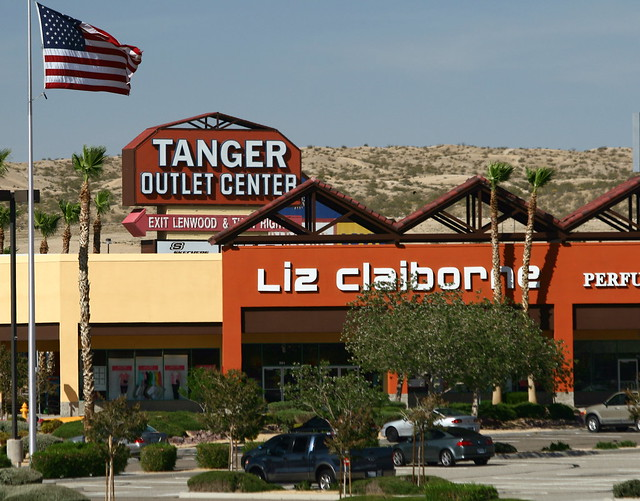 Tanger Outlet Barstow California