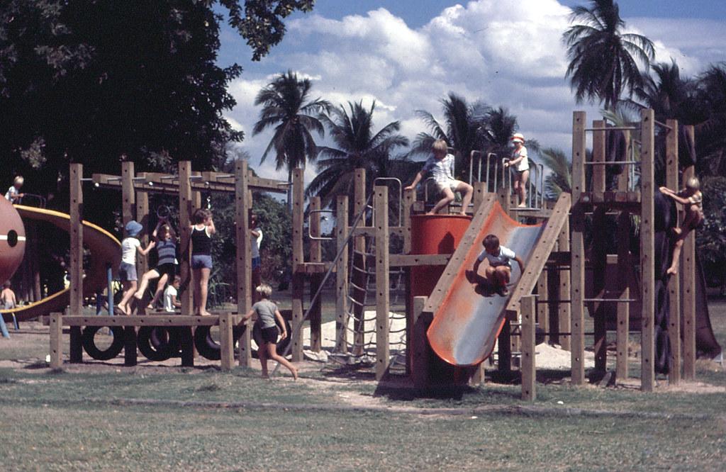Darwin's Botanical Gardens 1977
