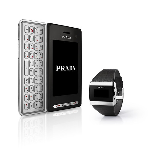 LG LBA-T950 (montre+téléphone) Prada new lg orig 5 068