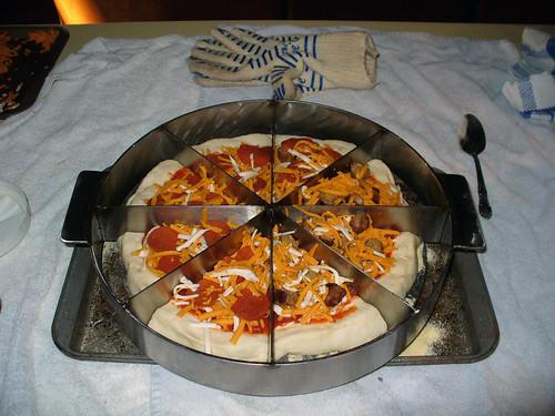 2009-09-26 - Perfect Pizza Press Prototype - 0005