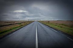 vanishing point (Dean Ayres) Tags: road point vanishingpoint iceland horizon perspective convergence vanishing vignette greysky isl stokkseyri fli