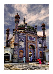 You by yourself, know what is in your form!Why chant 'Allah Allah'? Find God within you. (Sachal Sarmast 1739 - 1829) (Commoner28th) Tags: pakistan sky saint clouds sharif shrine minaret tomb culture poet ahmed sufi sindh agha sachal waseem khairpur sukkur sarmast ranipur commoner28th daraza