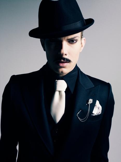 Felipe Dominici0090_GalaabenD AW11(Fashionsnap)