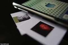 Macro Mondays_Pairs_iPhone/me (h-j.nu) Tags: me cards pentax  sigma pairs 24mm allrightsreserved k20d macromondays pentaxk20d henrikfrb henrikbstudio