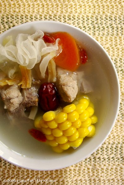 Sweet Corn-Pork Rib Soup