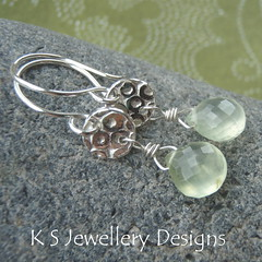 Prehnite & Fine Silver Circles Textured Disc Earrings (KS20) (KSJewelleryDesigns) Tags: silver shine handmade jewelry jewellery handcrafted earrings dangle pmc dangly gemstone sterlingsilver silverclay artclaysilver prehnite silverwire handmadejewellery