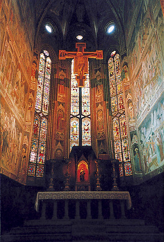 the main altar at Chiesa Santa Croce