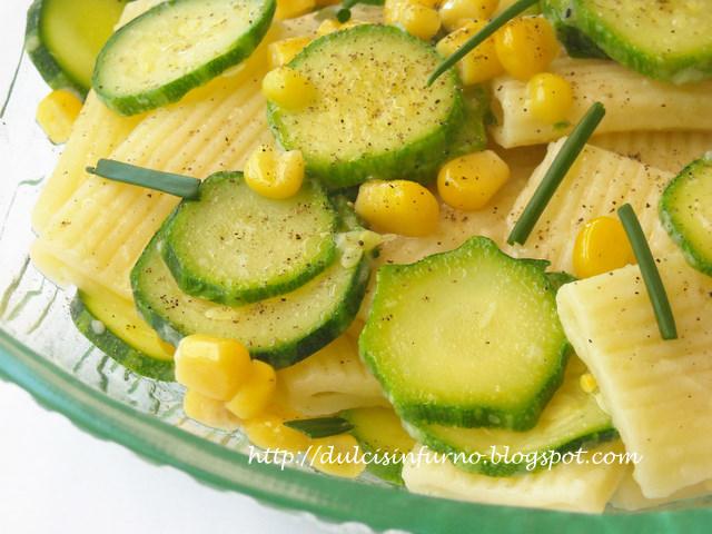 Rigatoni con Mais e Zucchine