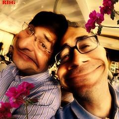 RDG couple (Osvaldo_Zoom) Tags: flowers love beauty kiss couple lovers amour tender amanti rdg goldengarden lamicizia duescemi osvaldozoom veterinarifotografi nenephoto circolofotografico okkiochetimandomiocugino nonmitagghi iothotaggato misonodivertitoafareunascemata jagotivede nonèneiltitolodiunlibroneiltitolodiunfilmperoraèciòchemiispiralatuafoto magicunicornverybest questanotelafavvo edunfisheye httpwwwflickrcomphotos24519140n063604046385
