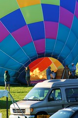071 (Dennis Pause) Tags: colors hotair greenriver greenfield hotairballoons balloonfest
