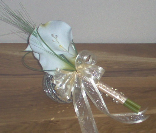 *corinne 397 po* adult bridesmaids calla handtied by you.