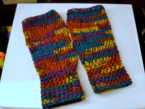 Arm Warmers Crochet Pattern from Caron Yarn | FaveCrafts.com