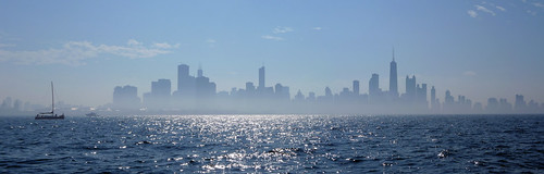 panorama chicago fog skyline sailboat sailing lakemichigan