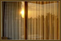 720.-Reflejos (SILVIA O.G.) Tags: santiago ventana reflejos onlythebestare silviaog