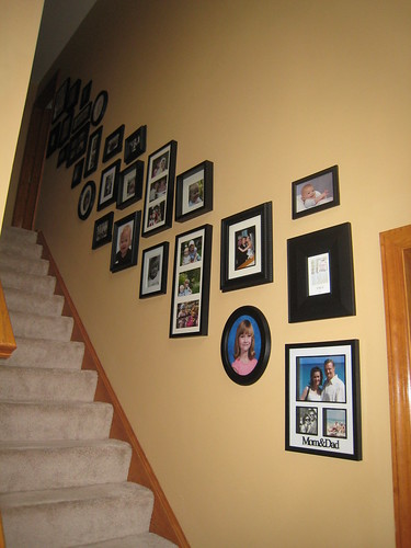 Show me your staircase picture wall - Decorating Divas - Decor ...