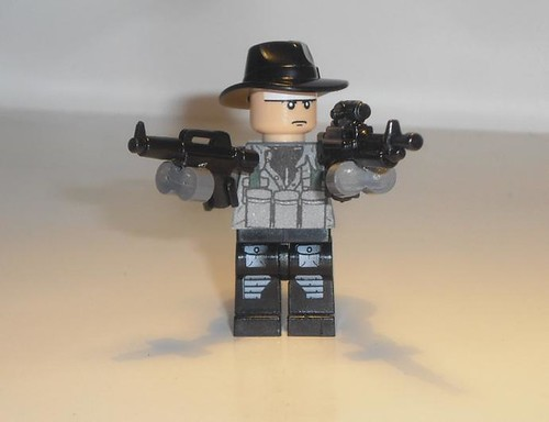 double drum magazines on custom minifig guns