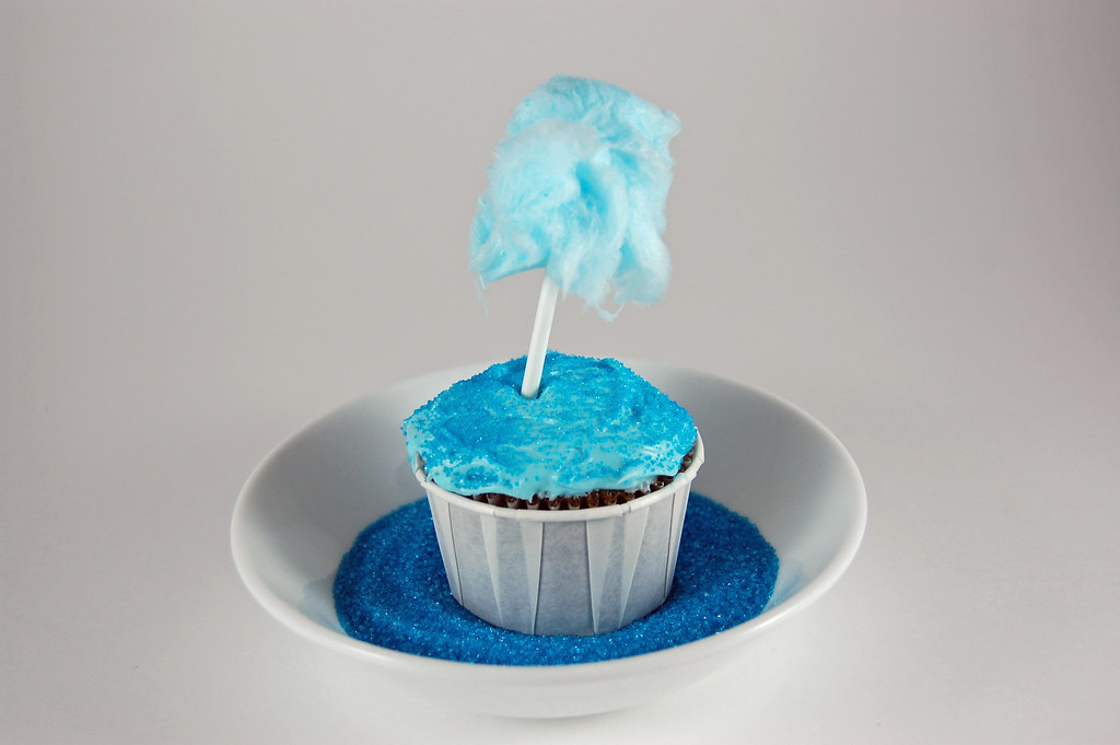 Cotton Candy Cupcake 01