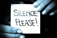 Silence please (AspettandoEllis) Tags: monocromo please io silence calma dita silenzio messaggio aspettandoellis