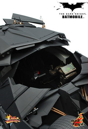 Hot Toys - MMS 69 - Batman The Dark Knight Batmobile