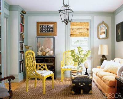 Blue + gray Benjamin Moore paint + yellow Chippendale chairs: Hamptons home from Elle Décor