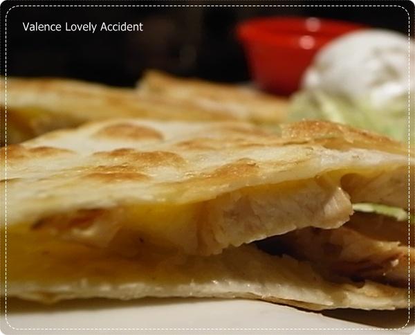 chilis_火烤雞肉培根鄉村卡薩蒂亞