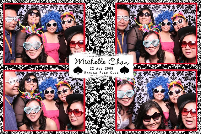 113705-custom-poof_middle by Poof Photobooth