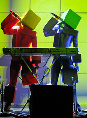 Pet Shop Boys Concert - Robots singing 'Heart' (Anirudh Koul) Tags: pet boys shop concert tour montreal twin petshopboys psb pandemonium neiltennant chrislowe petshopboysconcert lastfm:event=1101462