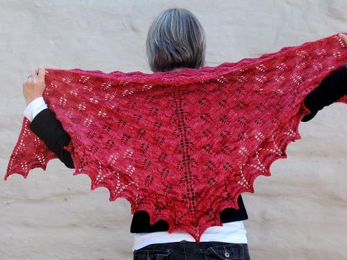 Shetland Triangle shawl - wingspan
