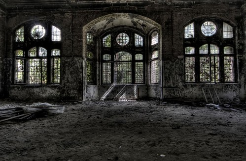 Beelitz / James C Farmer