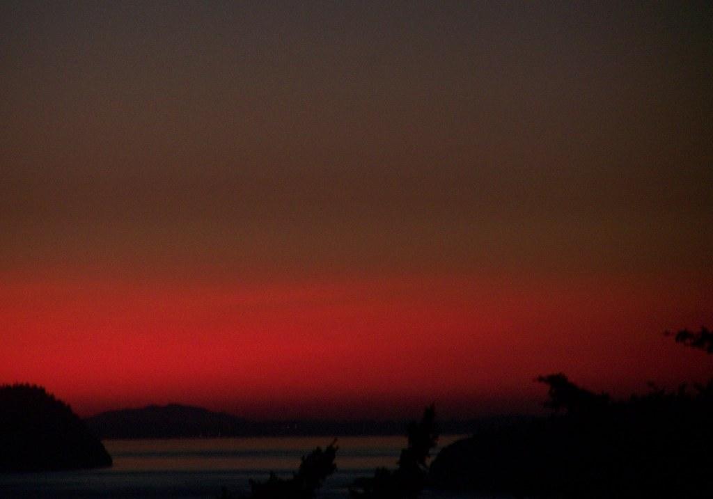 jj 053 Neon red horizon