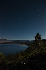 Full moon on Lake Tahoe (Lucas Janin | www.lucasjanin.com) Tags: california longexposure blue light sky usa mountain lake plant color tree water night plante landscape star nikon outdoor lumire laketahoe explore ciel moonlight 24mm nikkor paysage insomnia nuit lightroom f50 longueexposition insomnie iso640 nikond700 lucasjanin afsnikkor2470mmf28ged 600sec