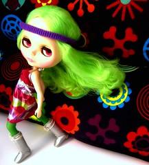 Green in the wind! (Blythemaniaco) Tags: verde green fashion hair doll moda amaryllis blythe prima dolly seventies 70 pelo galactic muñeca delirio rbl setentas