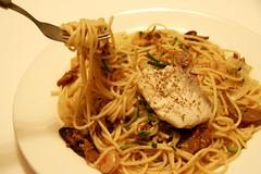 晚餐:台客口味義大利麵佐香料魚排