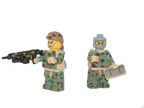 custom minifig soldiers