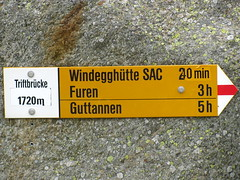 Wegweiser Triftbrcke ( BE - 1`720m ) im Trifttal im Sustengebiet im Berner Oberland im Kanton Bern der Schweiz (chrchr_75) Tags: mountains alps del landscape schweiz switzerland site suisse map hiking swiss natur plan du berge trail bern alpen christoph svizzera mappa landschaft berne wandern berner chemin sito weg berna hikingtrail wanderung tafel wanderweg wegweiser suissa markierung standort trift kanton chrigu 0907 wanderwege kantonbern brn wanderwegweiser triftbrcke chrchr hurni chrchr75 chriguhurni wanderwegmarkierung bernerwanderwege standorttafel sidkarta sivustokartta albumbernerwegweiser pedstre wegzeit albumtriftbrcke2009 wwtriftbrcke
