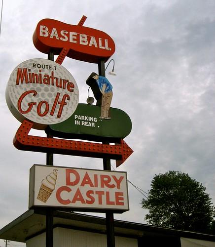 Route 1 Mini Golf Sign