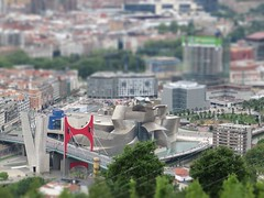 Guggenheim Bilbao Tilt-shift (Aitor Agirregabiria) Tags: frank puente famous gehry bilbao guggenheim architects effect basquecountry frankogehry pritzker pasvasco tiltshift lasalve