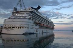 The new Carnival Dream (f@bio63) Tags: cruise carnival ship down shipyard navi bigger crociera monfalcone 1635 fincantieri canon40d