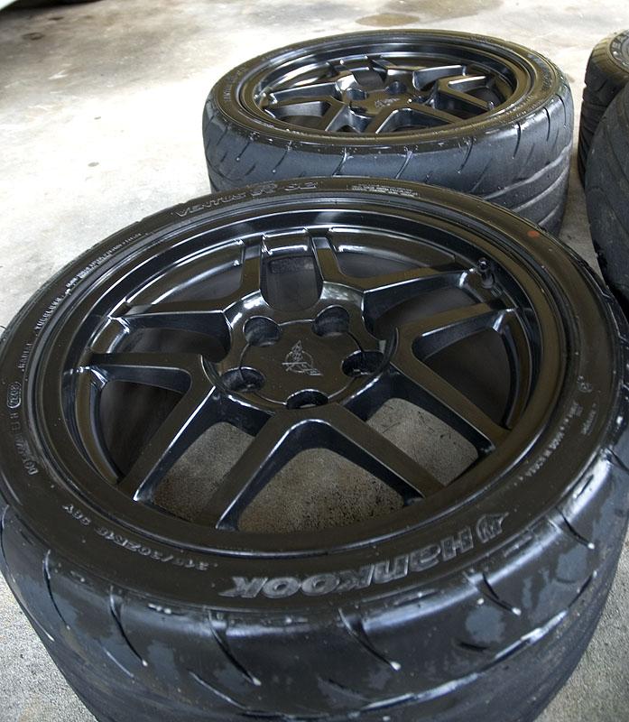Eagle F1 Tires >> Black C5 Z06 wheels