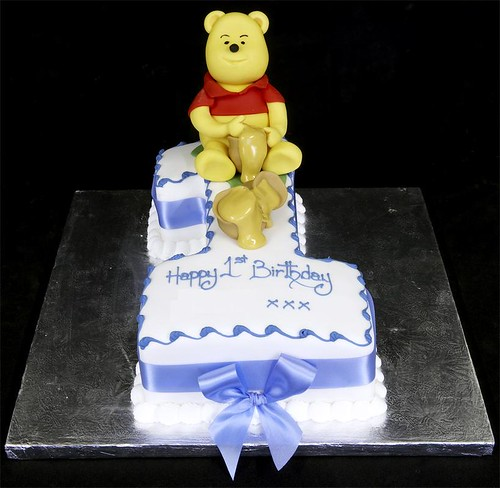 002595 Figure One with Winnie the Pooh Model Birthday Cake